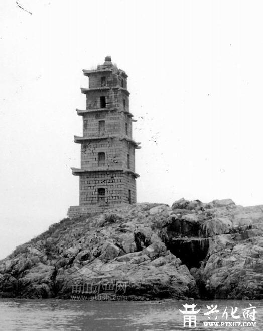 建塔的图片