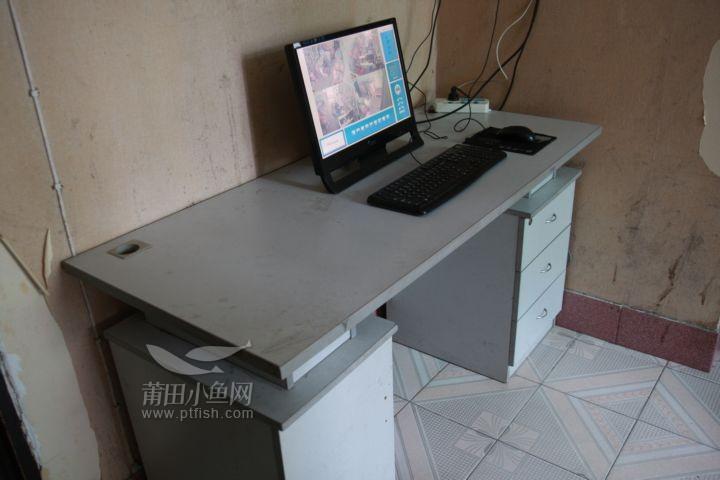 普通办公电脑桌 (2).jpg
