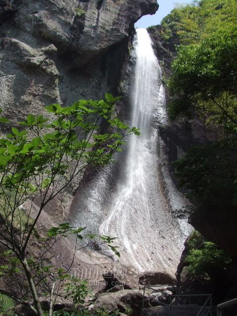 壁纸 风景 旅游 瀑布 山水 桌面 480_640 竖版 竖屏 手机