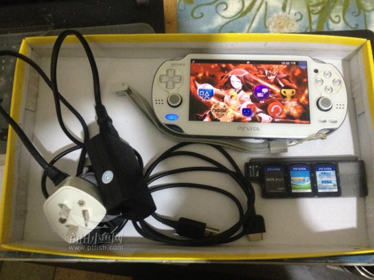 日本原装 sony psvita 16g 支持wifi 的掌上游戏机,有