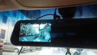 九目前后行车记录仪带倒车影像及防撞录象