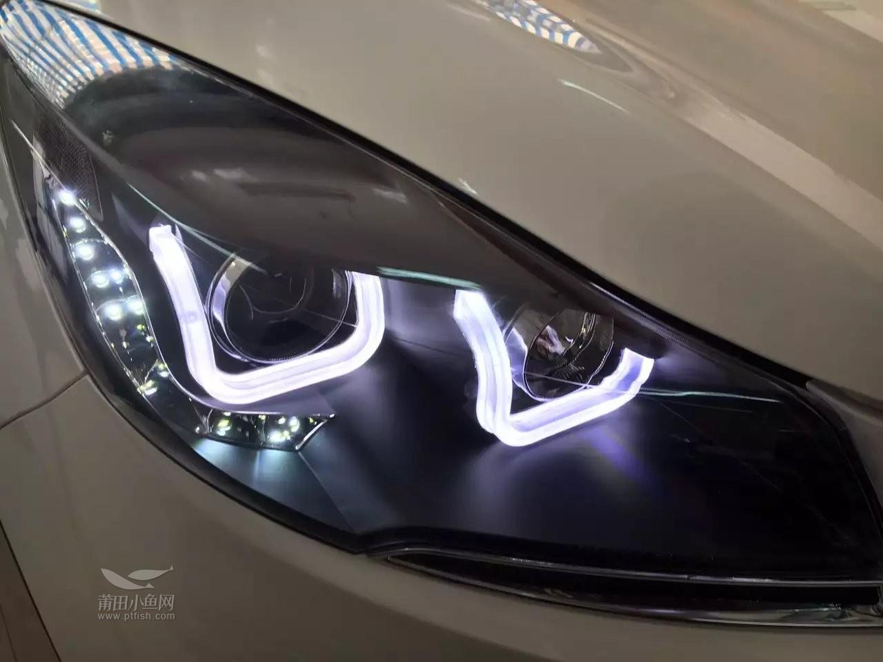 新款福特翼虎大灯总成改装 双U型氙气大灯总成高清图片