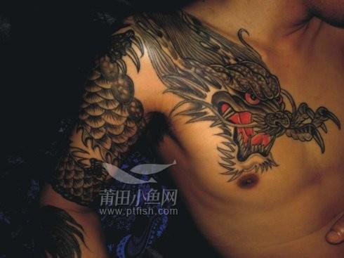 【察察姐讲故事】 16 龙纹身的男子与墓地里的摩托车