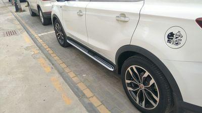 莆田汽车改装 荣威RX5加装侧脚踏板高清图片